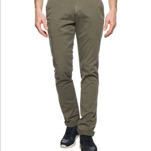 Calvin Clein chino pants olive